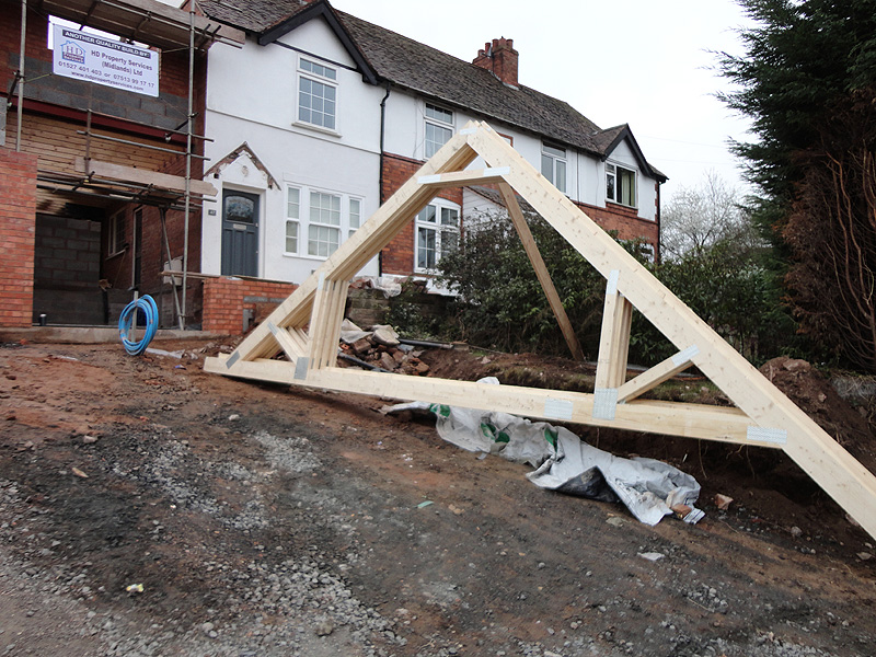 Install Roof Trusses Roof Trusses Any One Know